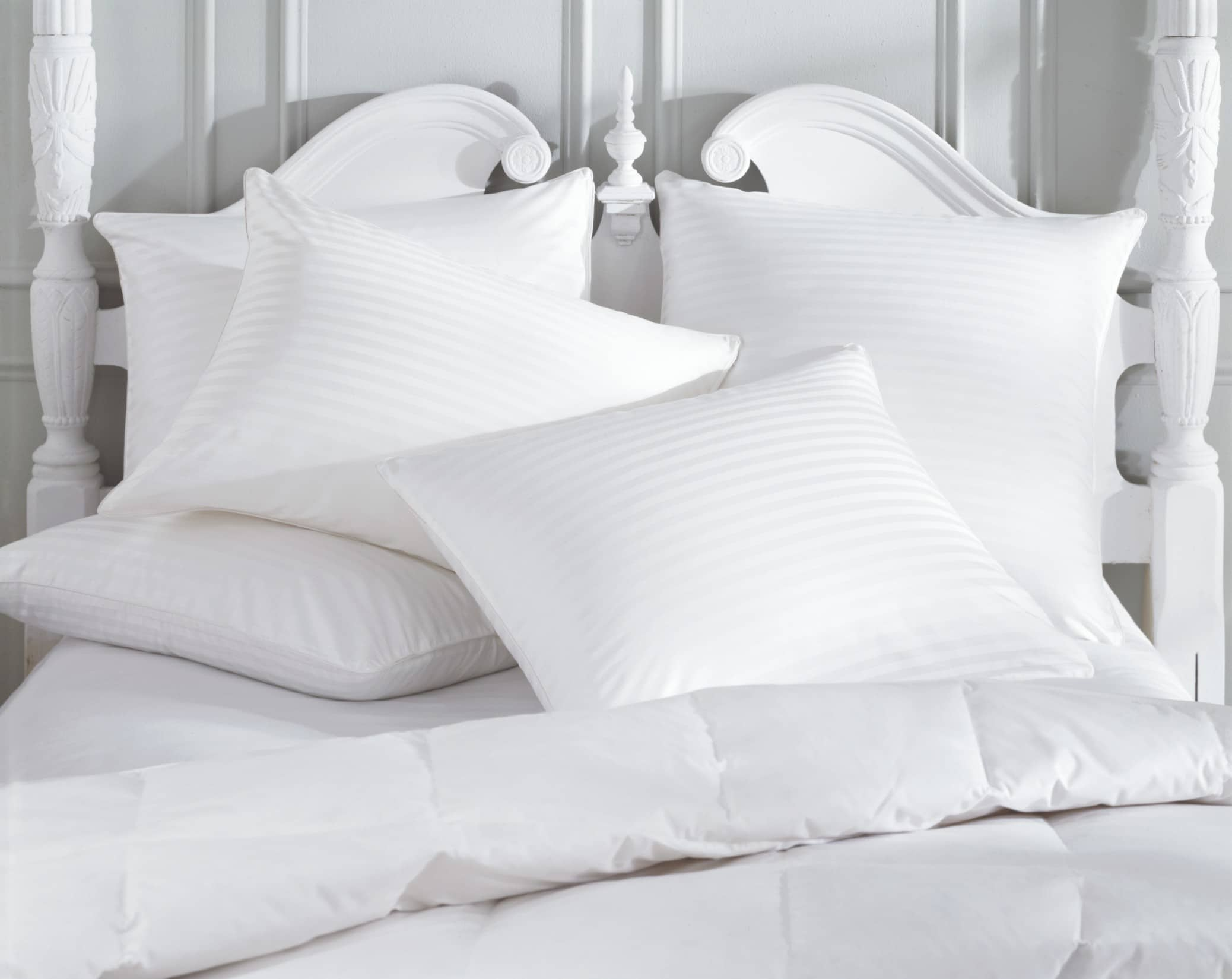 How to clean pillows flower maid for Average life of a mattress