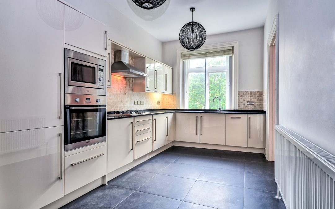 Tenancy Cleaning – Should You Do It Yourself?