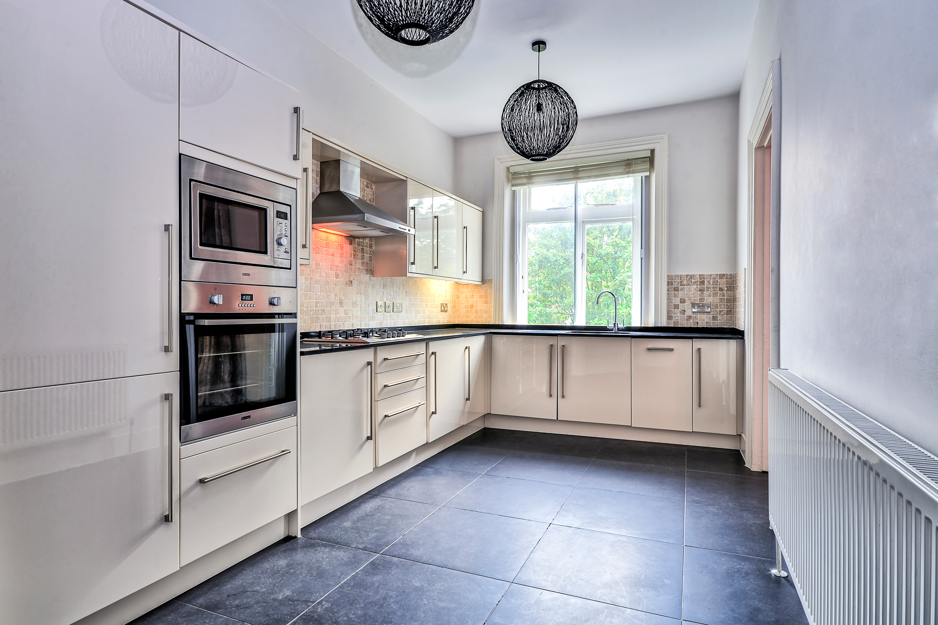Things to do in west london this summer flower maid tenancy cleaning should you do it yourself solutioingenieria Images