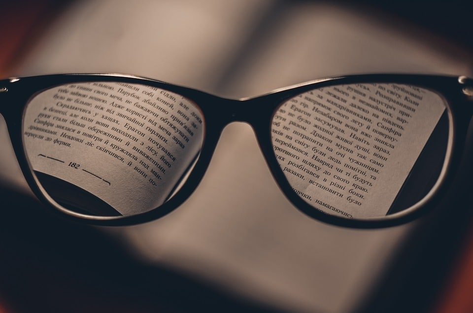 How To Clean Reading Glasses